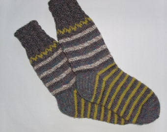Hand Knitted Wool Socks For Men-Colorful Wool Socks-Size Large US12-12,5,EU46-House Wool Socks-Handmade Wool Socks