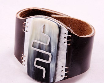 Cow Horn_Leather Cuff