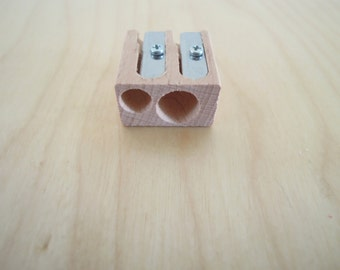 Wood Dubble Pencil Sharpener M+R x1