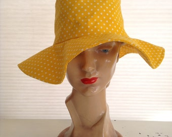 vintage. HAT. floppy. YELLOW. polka dot. SUN. 1960s.
