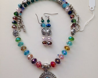 Colorful crystal necklace set