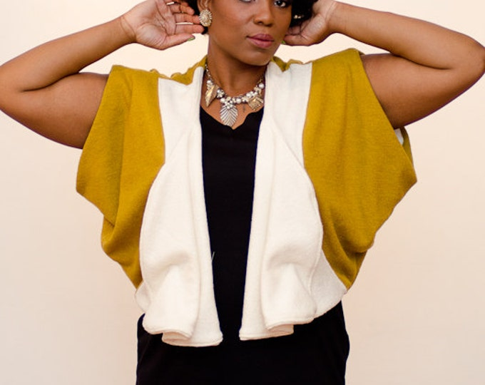 Plus size Crop Jacket with Draped Armmohole