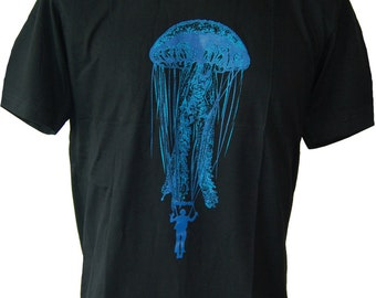 Graphic Design banksy Monster Jelly Fish Water Sport Kitesurfing Men's T-Shirt (S-XL) Free Shipping