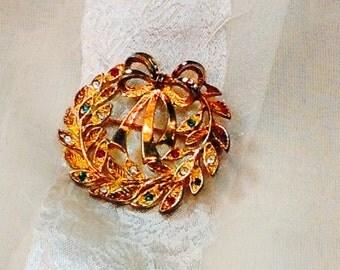 Vintage Christmas Wreath Brooch Mid Century Estate Jewelry