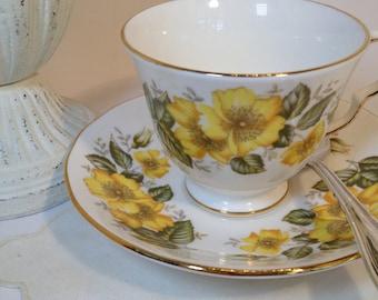Teacup and Saucer English Royal Vale Bone China Made in England / Vintage Bone China Teacup & Saucer