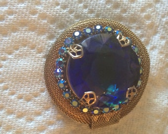 Vintage jewelry beautiful colbaldt blue stone mesh designer brooch