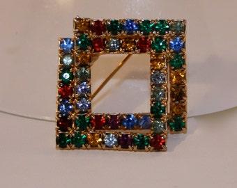 Vintage Brooch multicolor rhinestone