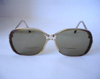 Great Lightly Tinted Vintage Women's t Eyeglasses - See our huge collection of vintage eyewear