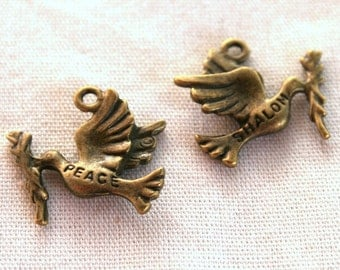5 Antique Bronze Dove of Peace Charms/Pendants