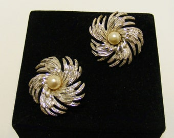 Vintage SIGNED Sarah Coventry Clip Earrings with Faux Pearls
