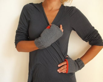 Grey womens fingerless gloves