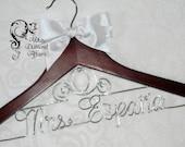 Cinderella Fairytale Coach Themed Wedding Dress Hanger, Disney Princess Carriage Personalized Bridal Hanger, Disney Wedding, Gift Wire
