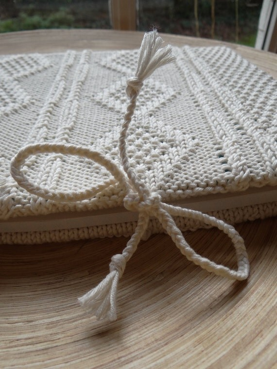 SECRETS - Sketchbook with an handknit cover - Pure cotton - off-white - other colors made to order - Free shipping worldwide