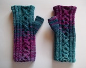 hand knitted mittens batik colorful rainbow purple fuchsia teal blue cable 100% wool hipster unique