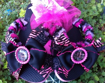 SALE Paris Inspired Bottlecaps with Removable Bow Tulle Flip Flops SIze Childs Large