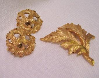 Trifari Gold Toned Leaf Pattern Earring and Pin Set