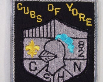 Boy Scout Cubs of Yore Embroidered Patch, 1982, Vintage Patch, Knights Head
