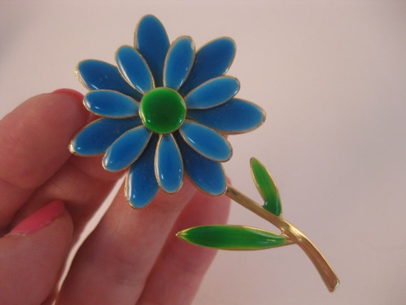 Large Blue Enameled Daisy Flower Brooch Mod Retro Fun Pin