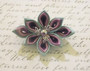Mauve Kanzashi flower Brooch