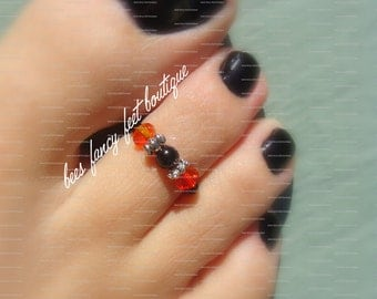 Toe Ring - Fire Topaz Crystals - Black Bead - Stretch Bead Toe Ring