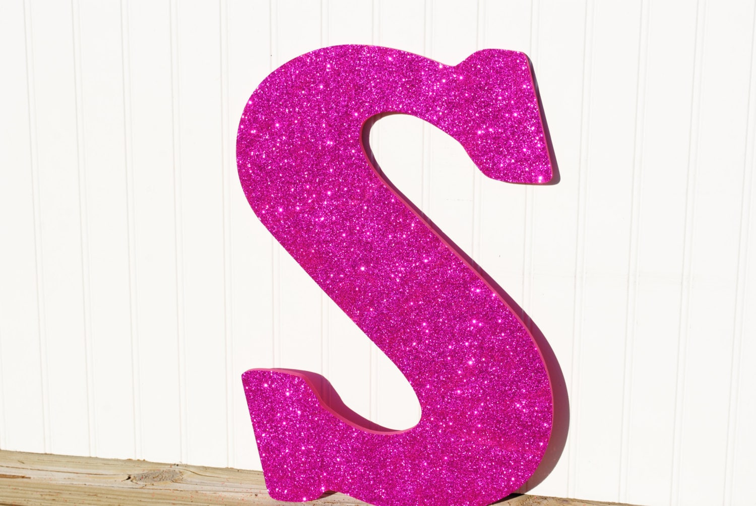 Decorative 18 fuchsia pink glitter wall letters girls for Pink glitter letters