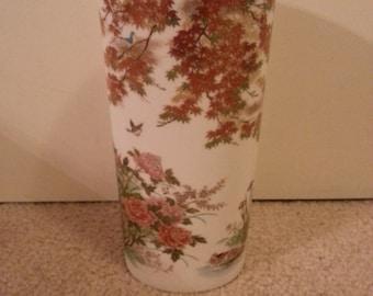Beautiful Vase Made in Japan