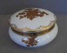 Vintage French Gilt Porcelain Box - Porcelain Trinket Box - Porcelain Dresser Box - Jewelry Box - Limoges Style Porcelain Box - White - Gold