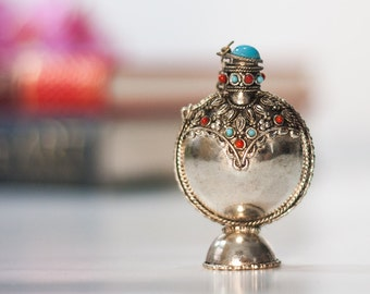 Oriental Perfume Bottle: SALE Vintage Metal Perfume Bottle, Tiny Bottle, Silver Totem, Small Rose Water Bottle, Perfect Small Gift for Her