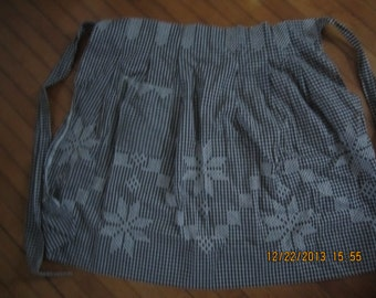 Vintage Black and White Gingham Apron Chickenscratch Embroidery