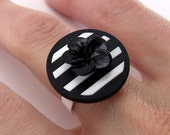 Button Ring - Mod Black & White Stripes Silver Plated Ring Base