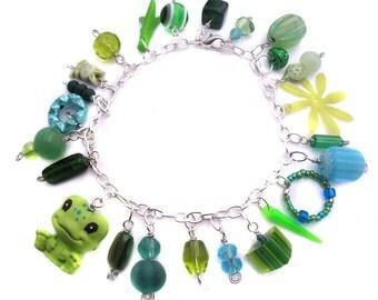 Kitsch Charm Bracelet - Green Frog Bracelet - Fun Cha Cha Bracelet - Friendly Frog Item F13