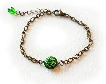 Green Flower Bead Bracelet - Millefiore Glass Bead Bracelet - Friendship Bracelet
