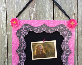 Cute pink and black damask print cork board.
