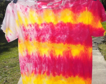 Fuchsia and Yellow Stripes to Fade Tie Dye, Size Large
