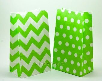 """LIME GREEN Chevron Polka Dot Kraft Paper Popcorn Stand Up Bags, Party Favor Bags (5""""x8.5"""" Gusset / Flat Bottom)"""
