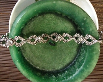 Avon Faux Marcasite Link to Link Bracelet - A9