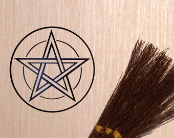 Pentacle  Vinyl Decal  Wicca  Pagan  Pentacle  Pentagram  13 cm x 13 cm