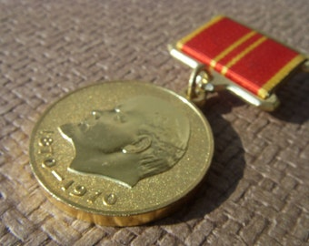 Vintage Soviet Medal Devoted to 100 years since the birth of the leader of the proletariat Lenin Made in USSR in 1970