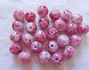 25  Raspberry & White Veined Round Glass Beads  8mm