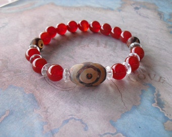 Red carnelian & ancient dzi agate bracelet