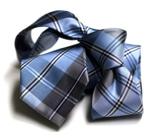 Tie (3 inch) in Plaids with Blue, Navy, White, Grey