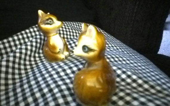"Minature Racoon Pair Ceramic Porcelain 2"" Darling Foil Seal China"