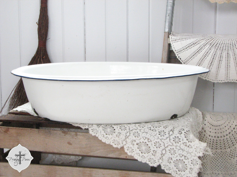 extra large antique vintage farmhouse enamelware baby bath tub. Black Bedroom Furniture Sets. Home Design Ideas