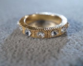 Vintage Yellow Gold Tone Fancy Raised Etched Multi Round Rhinestone Eternity Style Wedding Band Ring, Size 7.5