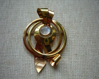 Vintage 12K Yellow and Rose Gold Moonstone Brooch Pin