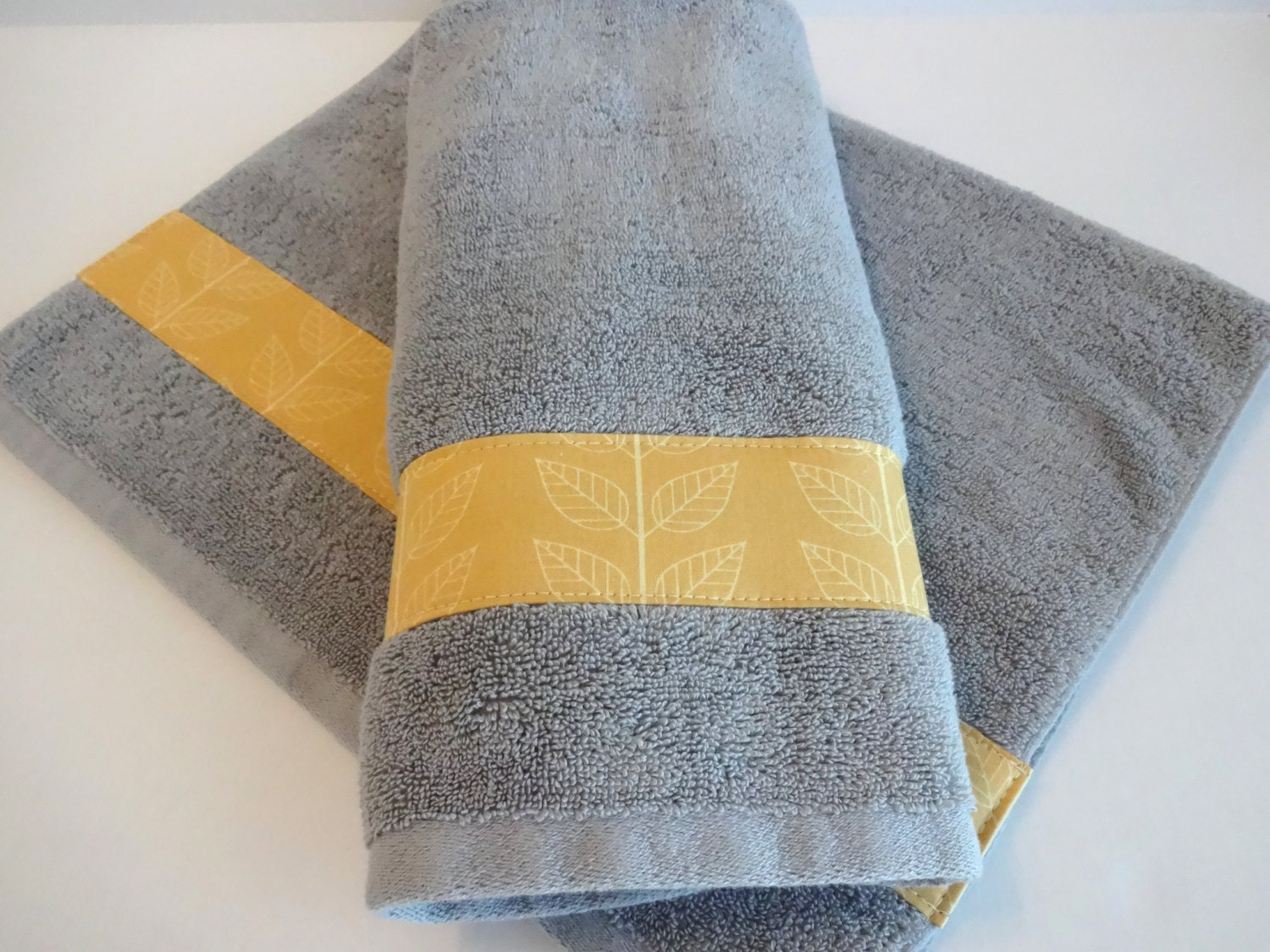 Hand towels yellow and grey yellow yellow towels grey and for Yellow and gray bathroom sets