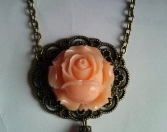 resin flower necklace victorian romantic