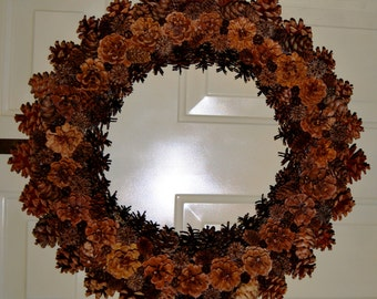 Old Fashioned Pine Cone Wreath
