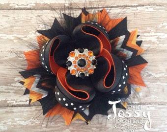 Halloween hair bow, Orange and black hair bow, Fall hair bow, feather hair bow