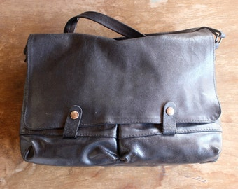 1980s Vintage Black Leather Satchel/ 80s Vintage Leather Black Bag/ 80s Vintage Black Leather Messenger Bag